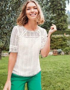 Be it a quick trip to the pub or an extra special occasion, this ultra-versatile top has got you covered. In 100% cotton crochet lace, it looks sophisticated with a lined body and semi-sheer sleeves. Eye-catching details, from the keyhole fastening to the lace trims, complete this ultra-feminine look.
