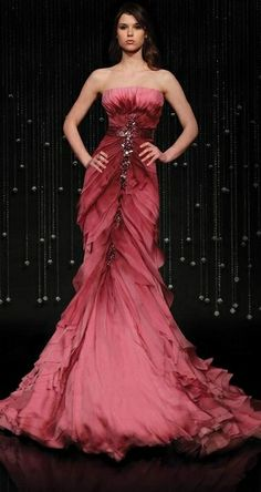 """Jean Fares """"Breeze Me"""" - Absolutely, completely and utterly enamoured!these dresses. In fact most of the dresses from this designer! Fabulous Dresses, Beautiful Gowns, Elegant Dresses, Pretty Dresses, Beautiful Outfits, Formal Dresses, Women's Dresses, Vestidos Red Carpet, Vestidos Fashion"""
