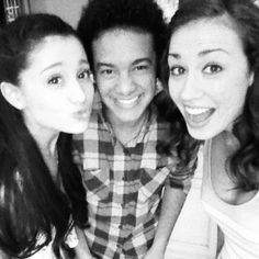 @coleenb123: pool party! :) @arianagrande @tylerthelatteboy June12