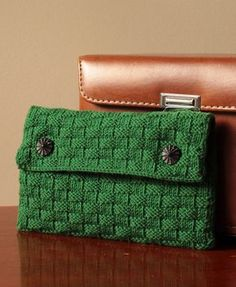 Free Knitting Pattern for Mamie Clutch - Basketweave stitch bag uses just 131 – 137 yards (120 – 125 m) of DK yarn. Designed by Rosalind Aymes