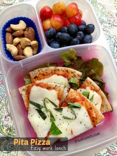 Spice Up Your Lunch Routine With These 16 Bento Box Recipe Ideas Pita Pizza Bento: Who doesn't love pizza? This easy pita recipe is suitable for everyone, from toddler to adult. Easy Pita Recipe, Pita Recipes, Lunch Recipes, Cooking Recipes, Lunch Snacks, Healthy Snacks, Healthy Eating, Healthy Recipes, Kid Snacks