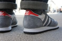 #Scarpe Sportive Retrò per gli uomini che non rinunciano mai a stile e comfort dando a loro look un tocco di #vintage fresco  http://www.trovamoda.com/blog/trend-uomo-scarpe-sportive-retro