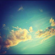 Vamos a dar una vuelta al cielo, para ver lo que es eterno
