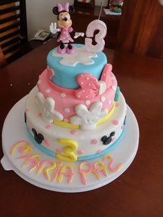 Birthday Cake Photos - minnie cake
