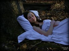 Adequate rest is essential for good outcomes in CFS & fibromyalgia. After  years of sleepless nights my sleep toolbox doth overflow! Here are 5  evidenced-based strategies that I have found to be most effective.