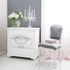 best ideas for kitchen organization Armoire Shabby Chic, Shabby Chic Kitchen, Painted Furniture, Diy Furniture, Wedding Table Centres, Decoration Shabby, Kitchen Design Open, Table Centers, Couture