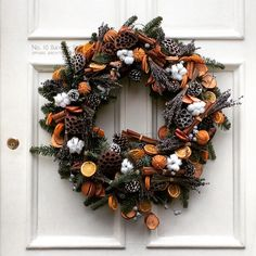 "43 Likes, 3 Comments - Diana Grant-Davie (@dianag_d) on Instagram: ""#christmaswreath #wreath #bloomsbury #russellsquare #oranges #cloves #pinecones #cinnamon…"""