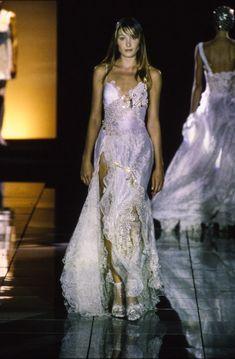 Versace Spring 1994 Ready-to-Wear Collection Photos - Vogue
