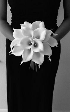 White Calla Lily Bridal Bouquet with Calla Lily Boutonniere-Real Touch Calla Lily . - White Calla Lily Bridal Bouquet with Calla Lily Boutonniere-Real Touch Calla Lily Bouquet-Bridesmai - Calla Lily Bridesmaid Bouquet, Calla Lily Boutonniere, Lily Bouquet Wedding, White Wedding Bouquets, Bride Bouquets, White Lily Bouquet, Wedding White, Daffodil Bouquet, Silk Bridal Bouquet