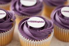 Thanks to @chipnorteas for these amazing cupcakes and also to @SophieCPix for the sensational images!