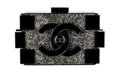 Chanel Pochette noire en plexiglass ornée de strass http://www.vogue.fr/mode/shopping/diaporama/minaudieres-red-carpet/13385/image/756687#!chanel-pochette-noire-en-plexiglass-orn-e-de-strass