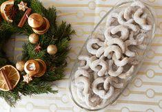 Christmas Sweets, Christmas Baking, Christmas Cookies, Christmas Wreaths, Christmas Tree, Burlap Wreath, Food And Drink, Table Decorations, Holiday Decor