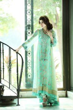 Pakistani Formal Dresses | Beautiful light green printed trendy Pakistani formal wear.