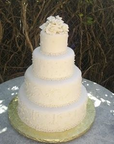 classic wedding cake with roses - Google Search