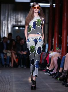 Tropical Pineapple Print over print #Trend @Moschino Moschino Cheap & Chic | Spring Summer 2013 #Fashion #LFW