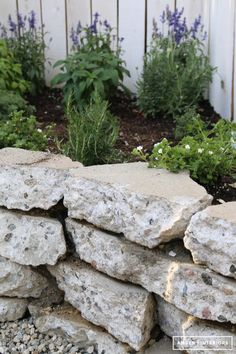 Amber Interiors // Backyard Makeover with Lowe's Home improvement. Recycled Concrete, Broken Concrete, Concrete Retaining Walls, Concrete Patio, Concrete Wall, Backyard Retreat, Backyard Landscaping, Backyard Walkway, Backyard Ideas
