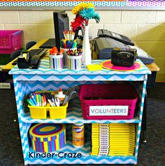 DIY Chevron Bookshelf- Use contact paper/ shelf liner Chevron Classroom, New Classroom, Classroom Setting, Classroom Setup, Classroom Design, Classroom Organization, Preschool Classroom, Classroom Management, Classroom Helpers