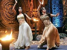 #MahaNaagrani_Shivangi and #Naagrani_Bela performing Tandav 🐍♥️✨ @imouniroy @surbhijyoti ♥️ #Naagin3 Bollywood Actress Hot Photos, Bollywood Girls, Bollywood Fashion, Beautiful Girl Photo, Cute Girl Photo, Indian Tv Actress, Indian Actresses, Famous Indian Actors, Ballroom Costumes