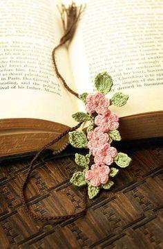 suziworld:  crochet bookmarks