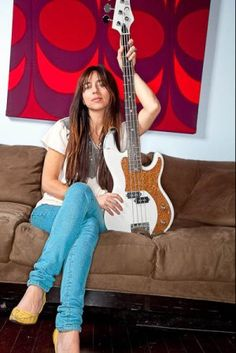 Paz Lenchantin Paz Lenchantin, Fender Bass Guitar, Acoustic Guitar, Fender Precision Bass, Women Of Rock, Guitar Girl, Female Guitarist, A Perfect Circle, Metal Girl