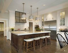 Traver Construction - 2015 NARI Dallas Contractor of the Year - Kitchen $100,001 to $150,000