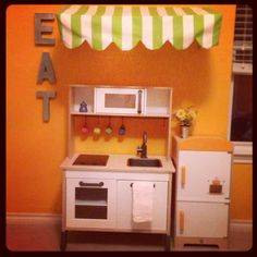 Play kitchen (ikea)