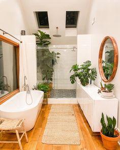 Bohemian Bathroom Ideas to Make a Statement - Bohemianism Bohemian Interior Design, Bathroom Interior Design, Interior Decorating, Natural Bathroom Interior, Bohemian Decor, Bohemian Style, Apartments Decorating, Decorating Bedrooms, Scandinavian Interior Design