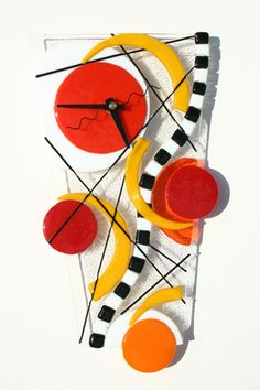 Glass Clocks :: Sheri Klein Glass Art. Also check out those piano hands in novelties - so clever!