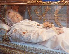 Bl Anna Maria Taigi | The above image shows themortal remains of Blessed Anna Maria Taigi