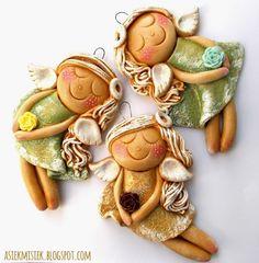 Salt dough bunny by Paulina Silarow Cute Polymer Clay, Cute Clay, Polymer Clay Crafts, Clay Ornaments, Christmas Ornaments, Pottery Angels, Clay Angel, Salt Dough Crafts, Ceramic Angels