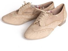 I really want to get a pair of shoes similar... I dunno if I can pull them off though?