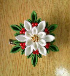 Ribbon Art, Diy Ribbon, Fabric Ribbon, Ribbon Crafts, Flower Crafts, Cloth Flowers, Diy Flowers, Fabric Flowers, Kanzashi Tutorial
