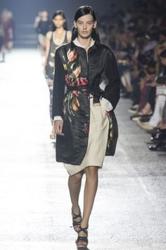 Sfilata Dries Van Noten Paris -  Collezioni Primavera Estate 2014 - Vogue