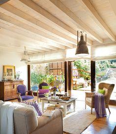 Vicky la maison: Une maison fraîche et reposante / Une maison fraîche et relaxante