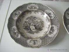Dos platos antíguos de porcelana. Con sello Pic-Nic 10. Plato - Foto 6