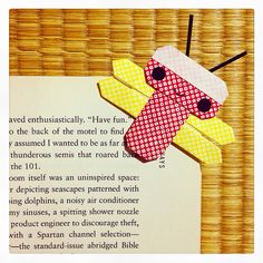 DIY origami dragonfly bookmark ( ̄▽ ̄)〜 it's tonbo time!
