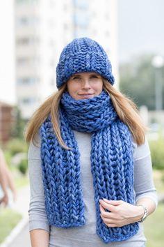 Verkauf-Strickschal Winterschals Grobstrick Schal Chunky | Etsy Chunky Knit Scarves, Sweater Scarf, Sleeping Bag, Knitted Hats, Wool, Knitting, Sunny Days, Crochet, Womens Fashion