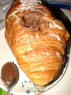 """Cerbiatto"" best Nutella choco * L * #nut#nutella50bday #nutella#choco  #instachoco #instabreakfast 30.6.2014 #croissant #extrastrong #instacoffee 1x50gr230kj#KK Fragrances♡ +fat…"