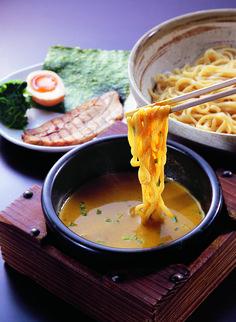 カレーつけ麺。Curry noodles.