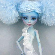 Custom-OOAK-Monster-High-Lagoona-Blue-Naida-by-Skeriosities