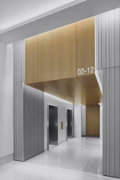 301 Howard Street Lobby by Huntsman Architectural Group Design Hotel, Hall Design, Hall Hotel, Elevator Lobby Design, Office Entrance, Office Lobby, Lift Design, Design Design, House Design