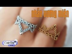How to make crown rings power on finger Corona Macrame Rings, Macrame Jewelry, Beaded Rings, Macrame Bracelets, Diy Jewelry Rings, Jewelry Making, Friendship Bracelet Patterns, Friendship Bracelets, Make A Crown