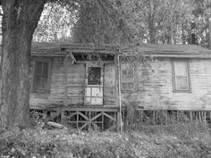 Abandoned...Fairmont, West Virginia West Virginia History, Marion County, Southern Homes, Homesteads, Abandoned Houses, Ghost Towns, Blue Ridge, Paranormal, State Parks