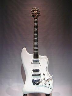 Guild Thunderbird - Muddy Water's guitar