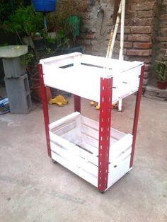 un mueble con cajones de frutas!
