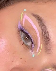 Pink Eyeliner, No Eyeliner Makeup, Hair Makeup, Eyeshadow, Sugar Wax Recipe, Fashion Editorial Makeup, Al Final, Sugar Waxing, Pink Makeup