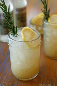 Lemon Rosemary Gin Fizz ~ https://thetravelbite.com