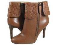 $161 COACH MACKENNA COGNAC C SIGNATURE WOMAN at https://shopsto.re/items/3120 #shoes #boots