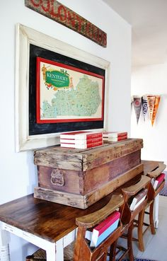 I love the big framed map in @Thistlewood Farm's school room!