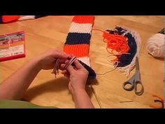 Knitting a Scarf on a Round Loom Part 3 (finish off with tassels) - YouTube